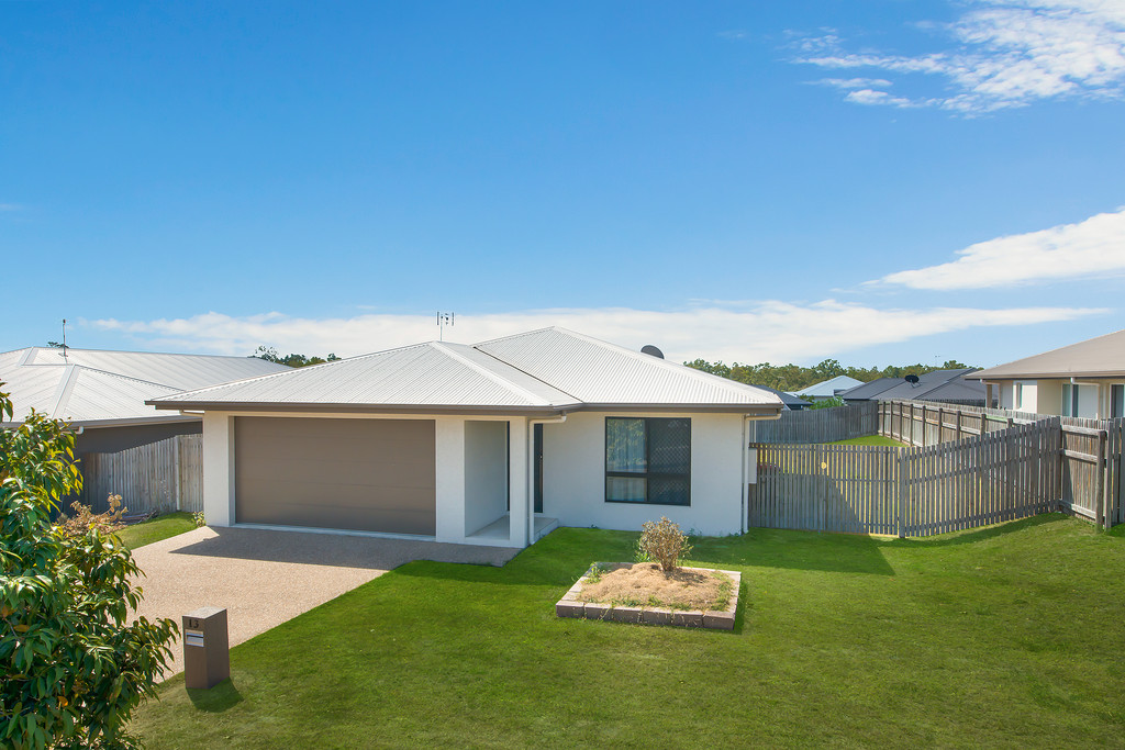 Intelligently Designed Residence – a Testament to Contemporary and Efficient Living