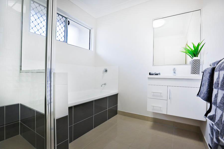 28039-Bathroom