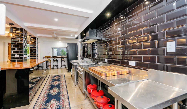33627065__1624498602-16696-kitchen